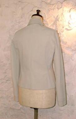 比翼のジャケット