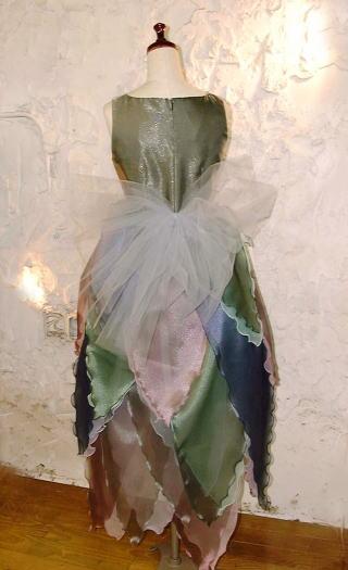 Exhibition リーフドレス