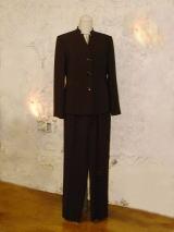 マオパンツスーツ