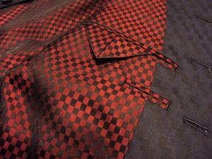マオカラースーツ幾何学