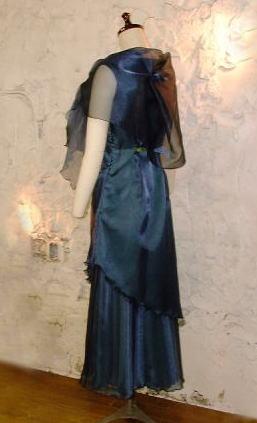 ノースリーブドレス