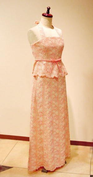 カラードレスをビスチェドレスにする