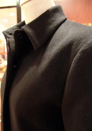 メンズカシミアも美比翼&台襟コート!