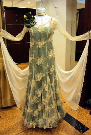 コサージュ付き社交ダンスドレス