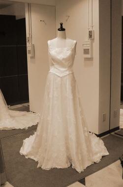ウエディングドレスをチュールレースドレスにリメイク