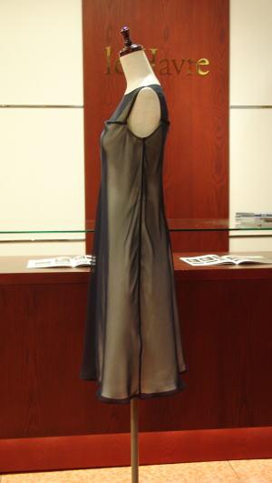 ウエディングドレスをフレアワンピースにリメイク
