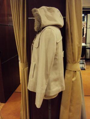 フード付きダッフル風コートの襟リメイク!
