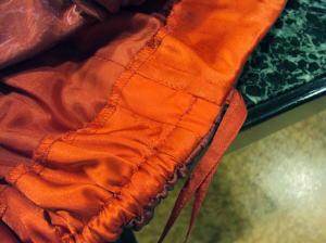 ドレスの身幅に縫い代ゼロでも出せる!