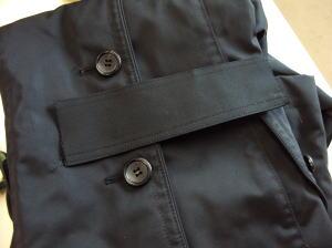 無いと困るコートのウエストベルトを作成・再生