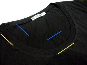 Tシャツのネックを広げて変えてみる!