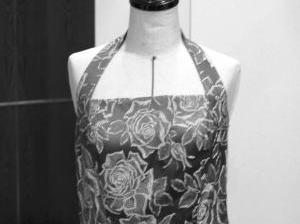 ホルターネックドレスのポイントを、大リメイク!