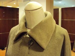 コート襟デザインと丈をポイントでリメイク!